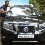 John-Abraham-In-His-Car-Nissan-Terrano-SUV