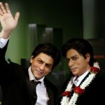 Shahrukh-Khan-With-His-Wax-Statue-At-London's-Madame-Tussaud's-Museum