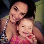 Gal-Gadot-with-her-daughter-Alma